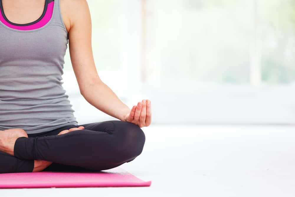 esercizi yoga per ansia e depressione