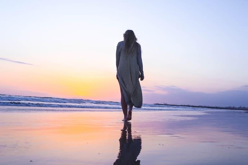Meditazione camminata: come praticarla e quali sono i benefici