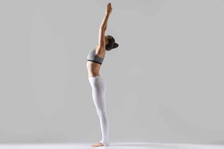 Tadasana: significato, esercizi e benefici di questa posizione