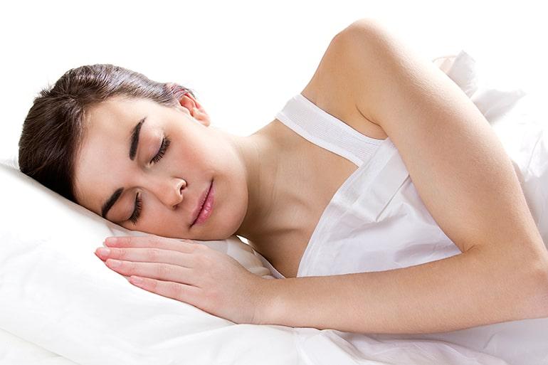 La meditazione che ti aiuta a dormire: cosa è come praticarla