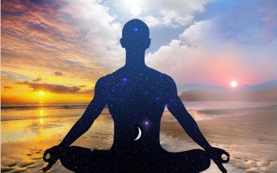 Meditazione trascendentale: come praticarla e quali sono i suoi benefici