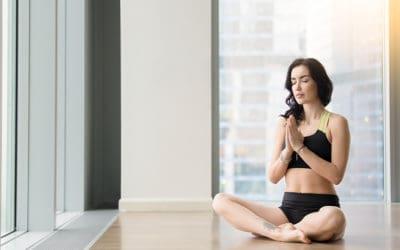 Sukhasana, la posizione comoda perfetta per i principianti
